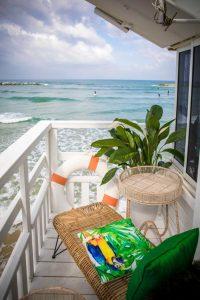 balcony hut